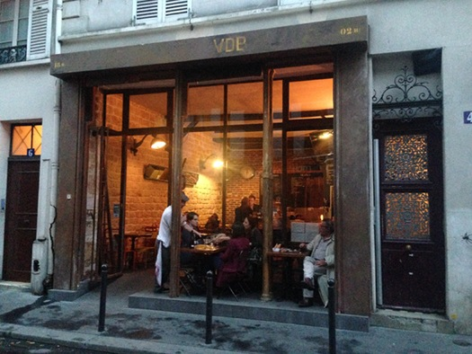 vingt-paris-vdb-bar-body