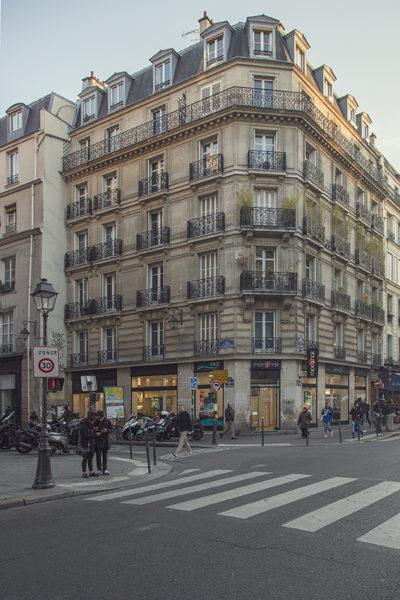 Parisian Pied A Terre
